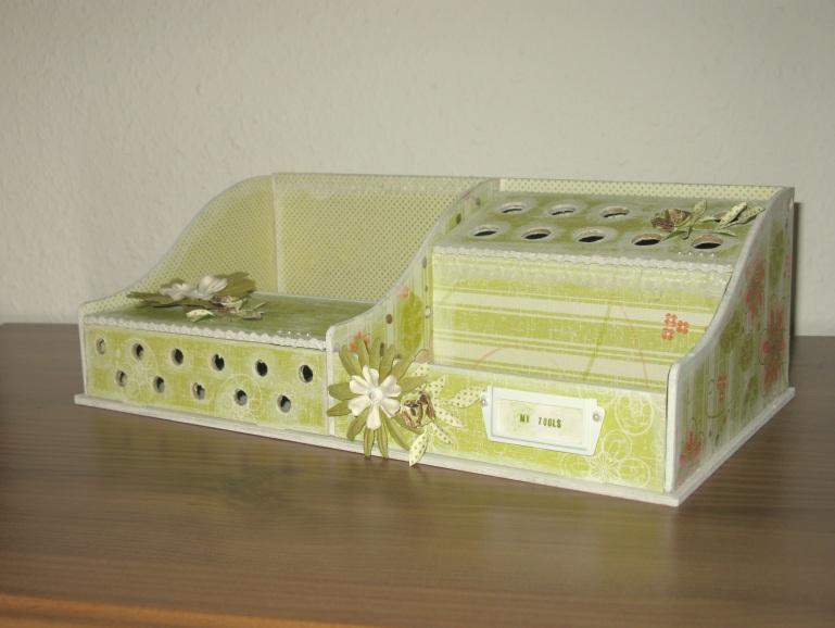ablagebox f r bastelwerkzeuge zeit zum bastelnzeit zum. Black Bedroom Furniture Sets. Home Design Ideas