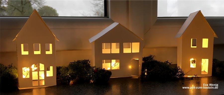 Freebie 3D Häuser zur Lichterdeko - www.zeit-zum-basteln.de