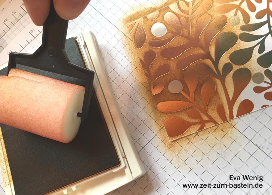 Herbstkarte mit gefärbtem Designerpapier - Anleitung für diese Technik auf www.zeit-zum-basteln.de (Stampin Up Winterfreuden)