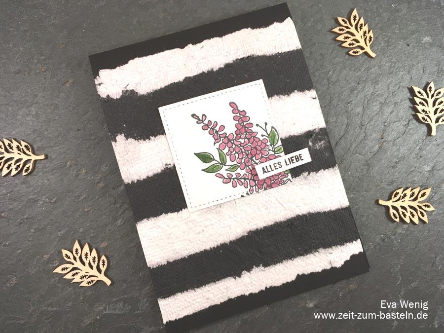 Schwarz-weiß Karte 'Alles Liebe' mit handgeschöpftem Papier und Lots of Lavender von Stampin up - www.zeit-zum-basteln.de