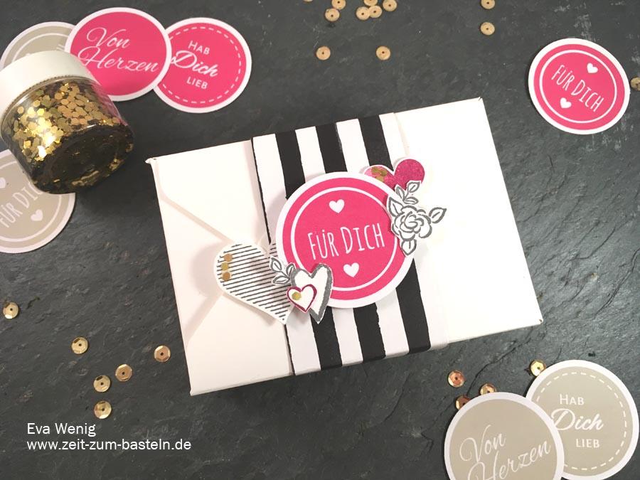 Schnelle Box zum Valentinstag mit dem Envelope Punch Board, Heart Happiness und meinem Freebie - Stampin up - www.zeit-zum-basteln.de
