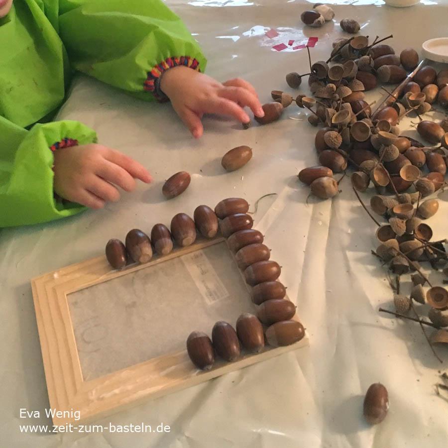 Basteln mit Eicheln für Kinder und Mamas - Ein herbstlicher Bilderrahmen - www.zeit-zum-basteln.de
